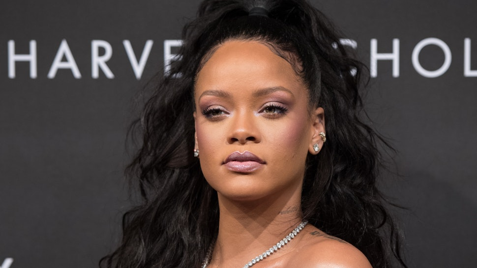 Rihanna: Music Star Spotted With New Lover Boy 'Photos'
