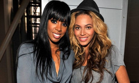 Beyoncé And former Destiny Child bandmate Kelly Rowland Connects At City of Hope Gala