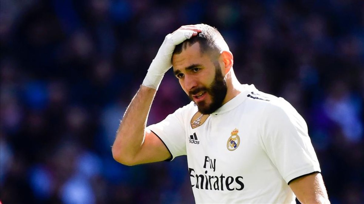 Karim Benzema's house robbed during El Clasico