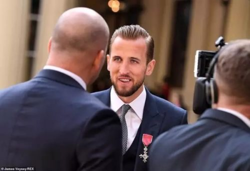 Harry Kane receives his MBE from the Duke of Cambridge, Prince William, after leading England to the World Cup semi-finals in Russia