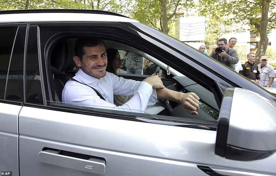 Porto goalkeeper, Iker Casillas discharged from hospital after suffering heart attack during training