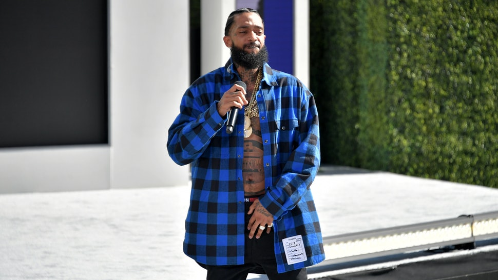 2019 bet awards honored nipsey hussle with a blue carpet