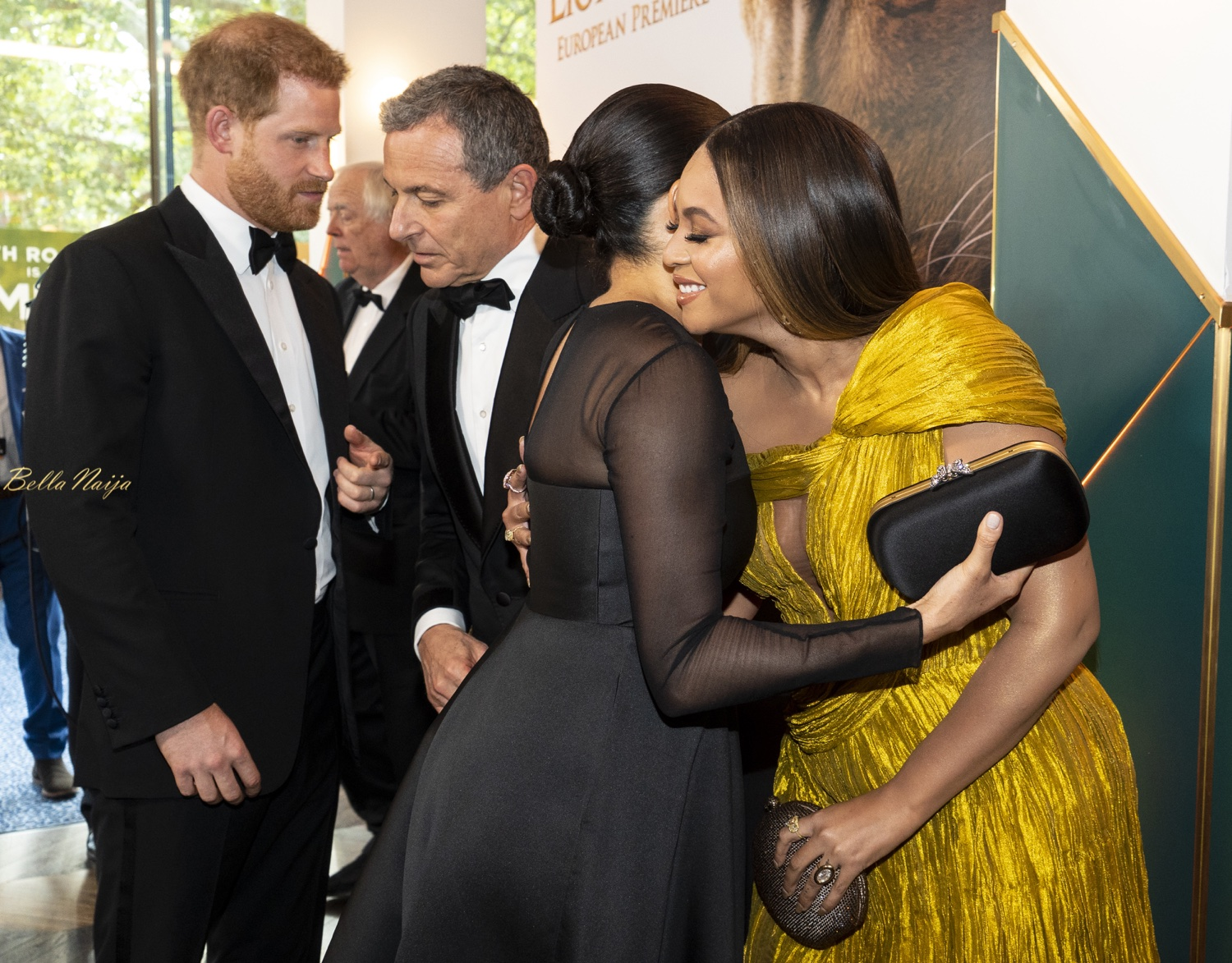 Beyoncé & Meghan Markle Met Publicly for the First Time at 'The Lion King' Premiere