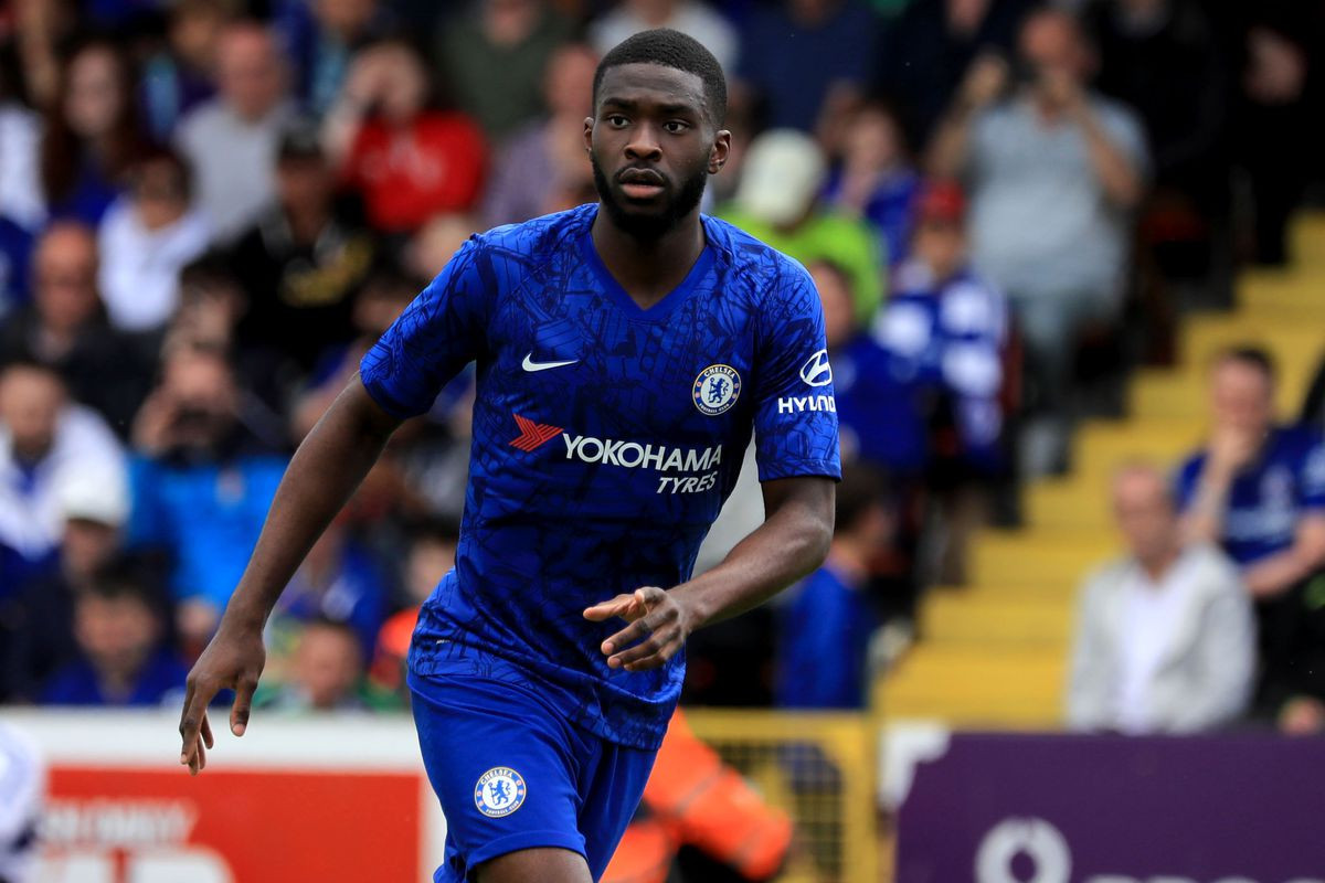 Fikayo Tomori: Chelsea defendert o decide whether to play for Nigeria, England or Canada