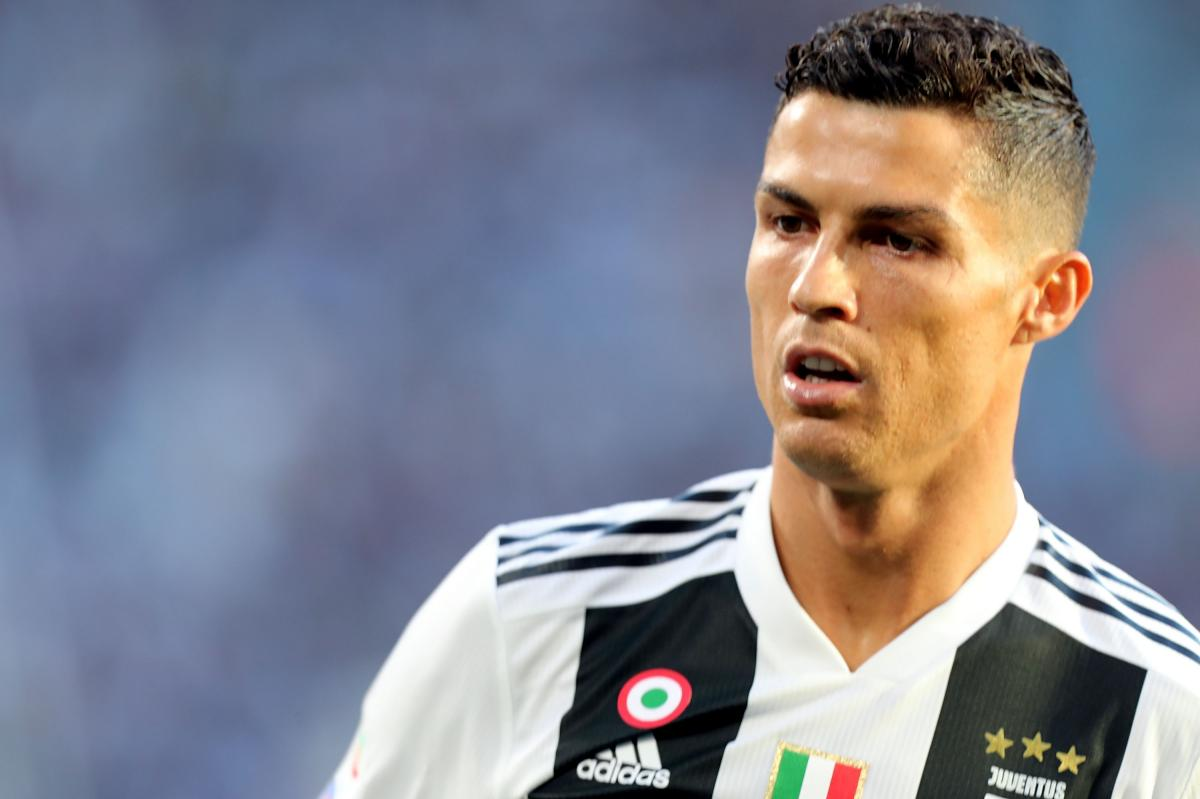 Cristiano Ronaldo in Tears after Watching emotional video of Late Father praising him during Piers Morgan interview