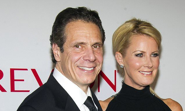 Sandra Lee had also recently divorced from KB Home CEO Bruce Karatz after four years of marriage.