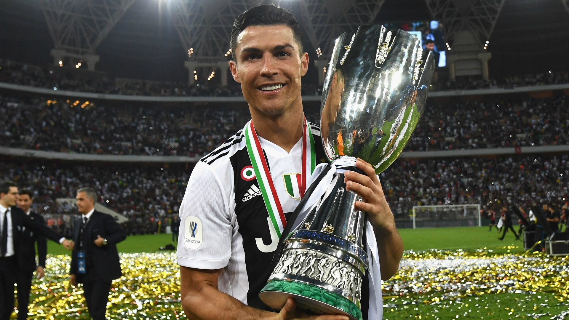 Cristiano Ronaldo's £28m-a-year Salary at Juventus revealed: earns three times more than any other Serie A player