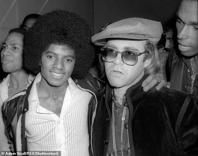 Elton John222