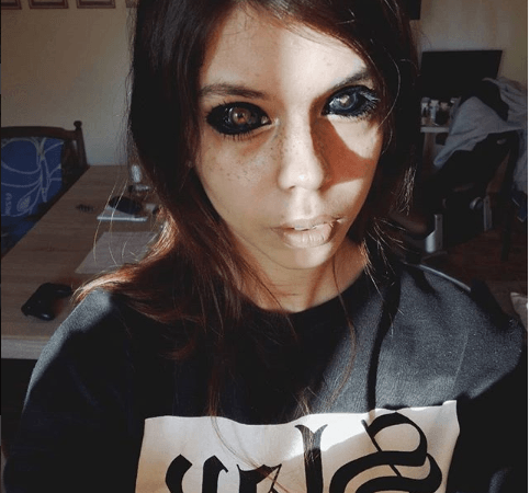 Polish model, Aleksandra Sadowska goes completely blind after getting her eyeballs dyed black