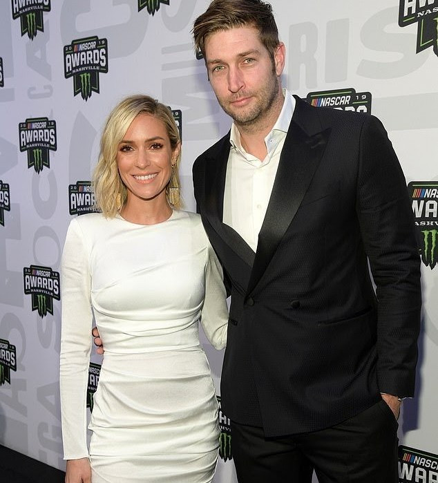 Kristin Cavallari divorcing from husband, Jay Cutler, after 10 years together