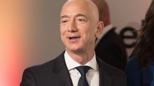 Amazon jeff benzo