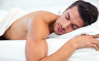 8 health Benefits of Sleeping Naked